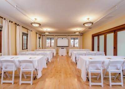 Petite Ballroom - Classroom Seating