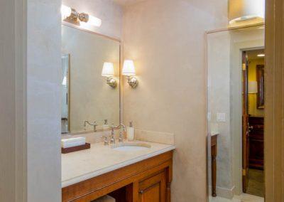 Willson Suite - Restroom